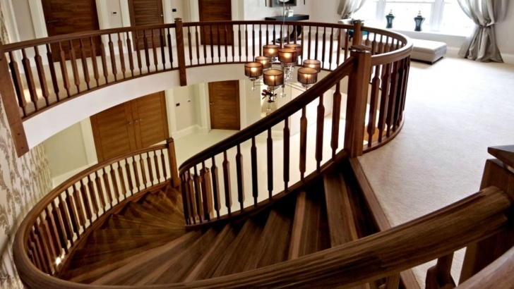 Amazingly Wooden Staircase Design Photo 487