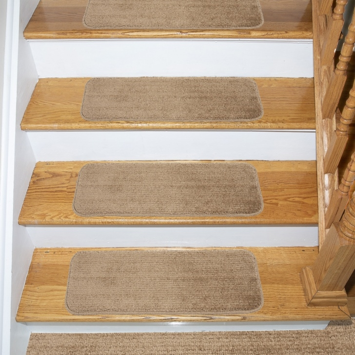 Best Wooden And Carpet Stairs Image 193