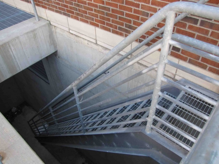 Creative Steel Staircase Outdoor Image 996
