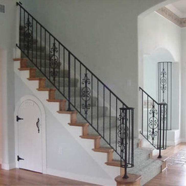 Creative Wrought Iron Banister Image 707