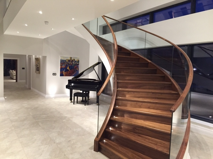 Fantastic Glass Balustrade With Timber Handrail Photo 991