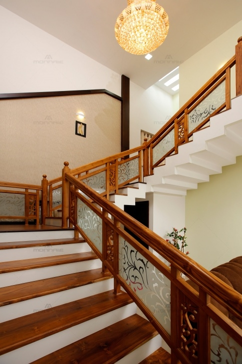 Good Wooden Staircase Design Picture 789