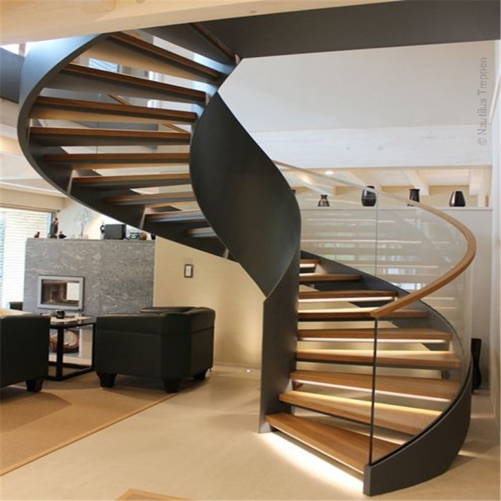 Gorgeous Curved Wooden Staircase Picture 516