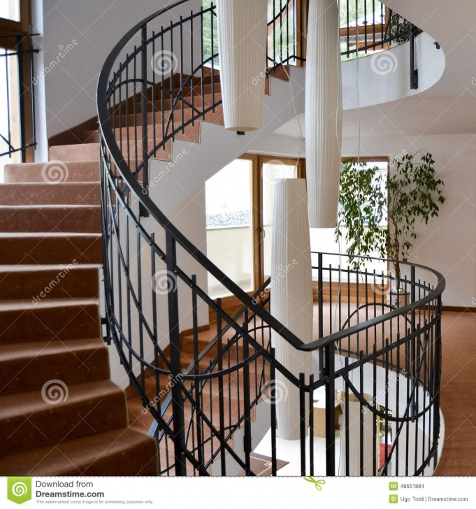 Most Perfect Semi Circle Staircase Design Picture 050