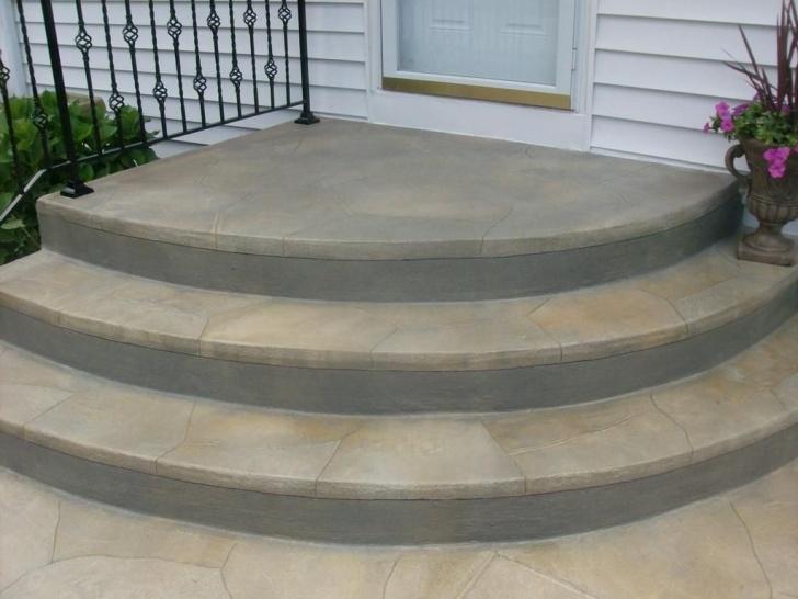 Perfect Round Concrete Steps Design Photo 298