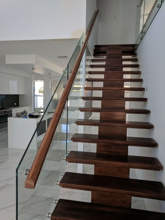 Sensational Glass Stair Balustrade Systems Picture 570