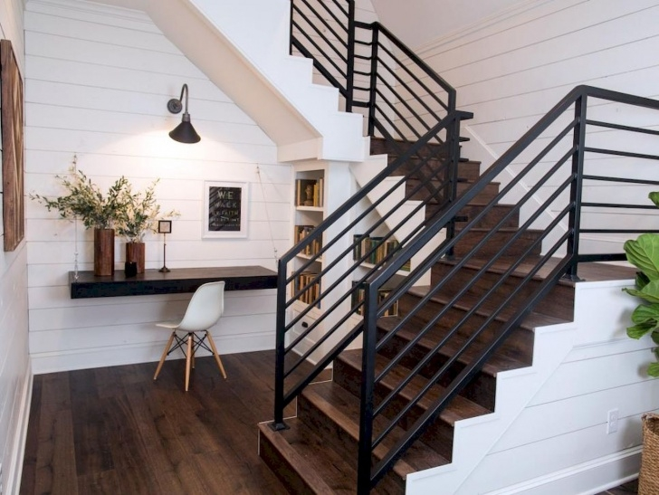 Sensational Modern Farmhouse Stair Railing Image 681