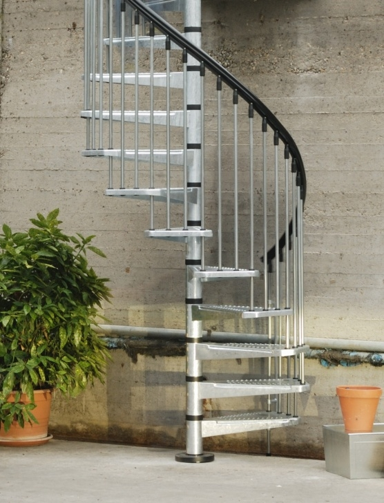 Splendid Outdoor Metal Spiral Staircase Image 113