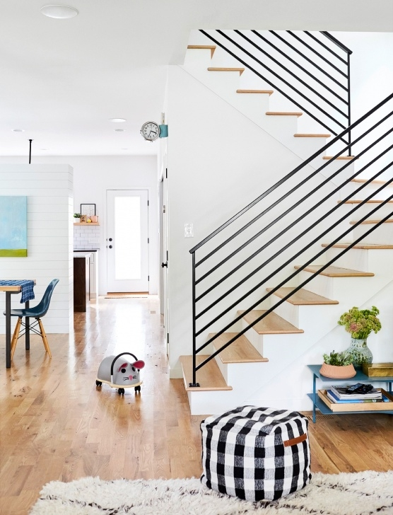 Stylish Modern Farmhouse Stair Railing Image 416