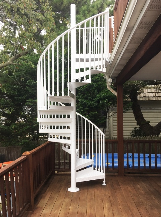 Stylish Spiral Staircase Outdoor Deck Image 017