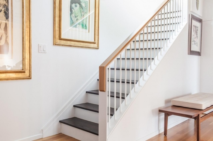 Stylish White Oak Handrail Photo 985