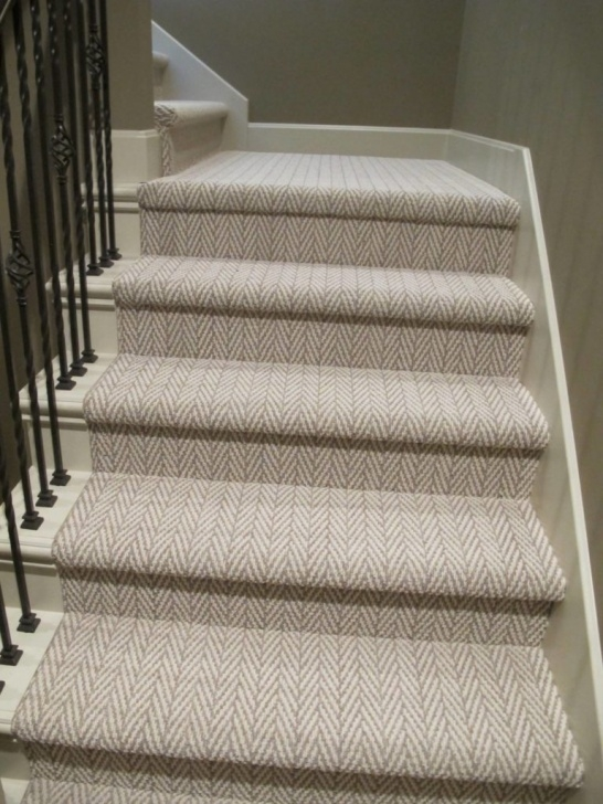 Amazing Patterned Stair Carpet Image 574