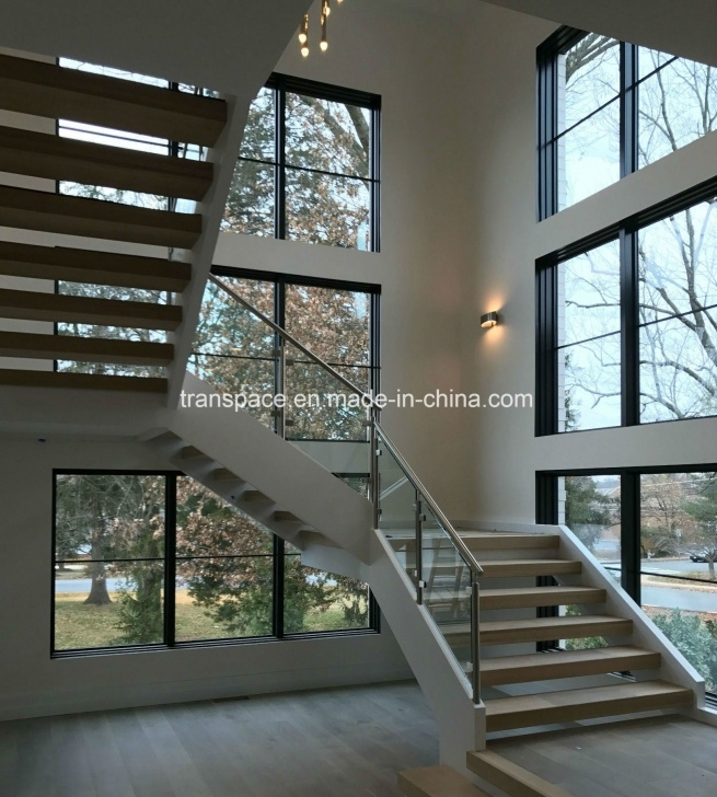 Amazingly Staircase Glass Window Design Picture 344