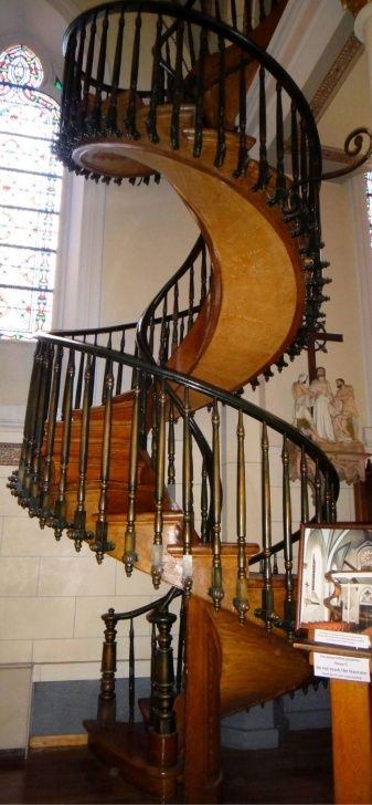 Amazingly Unexplained Spiral Staircase Image 835