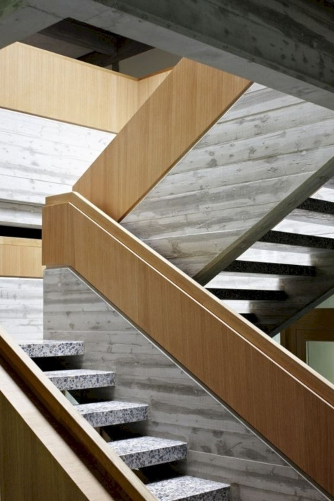 Amazingly Wood And Concrete Stairs Photo 079