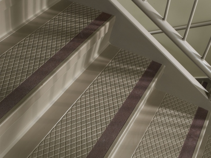 Awesome Rubber Stair Runners Photo 095