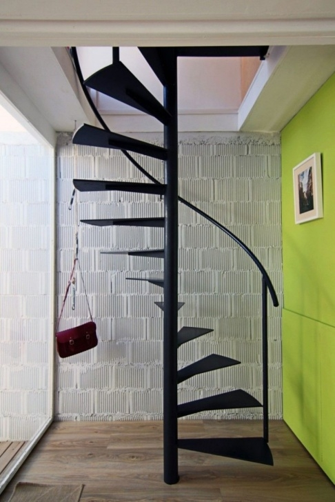 Best Compact Spiral Staircase Picture 059