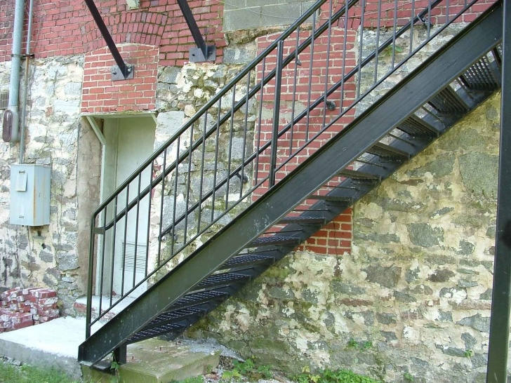 Best Exterior Metal Stairs Photo 081