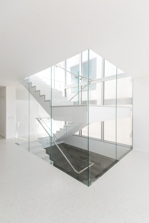 Cool Glass Enclosed Staircase Image 022