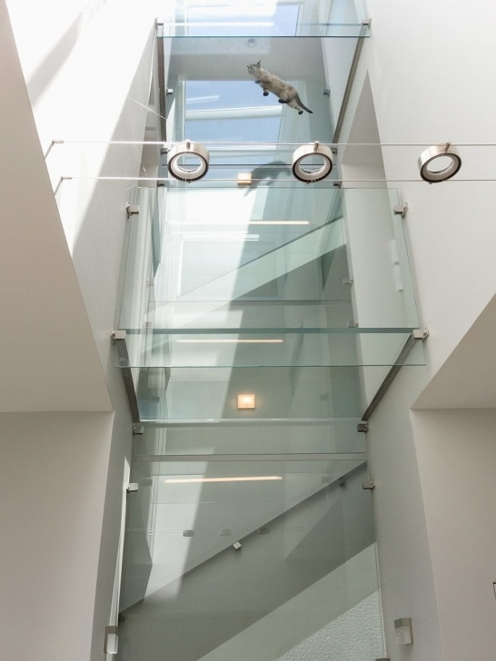 Cool Glass Enclosed Staircase Image 171
