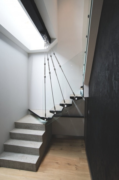 Creative Chain Staircase Design Photo 139