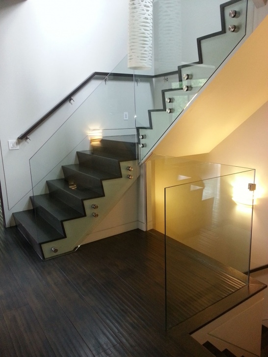 Creative Modern Glass Staircase Picture 481