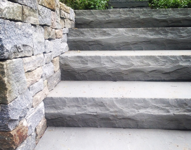 Creative Outdoor Stone Stairs Image 680