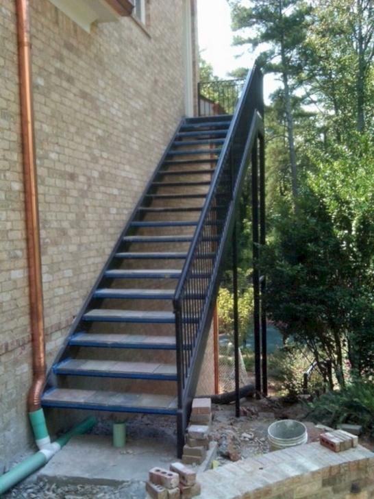 Creative Outer Staircase Design Photo 506