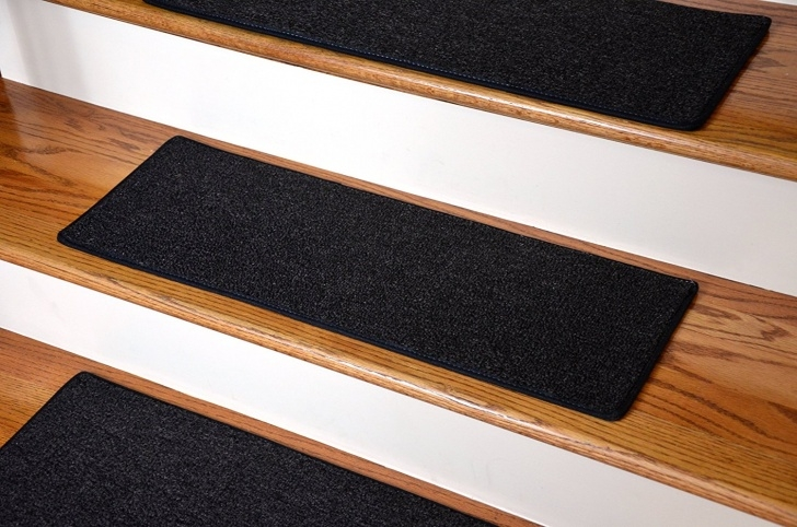Creative Wedge Shaped Carpet Stair Treads Photo 346