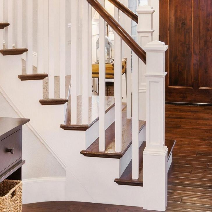 Easy Stairway Newel Post Photo 745