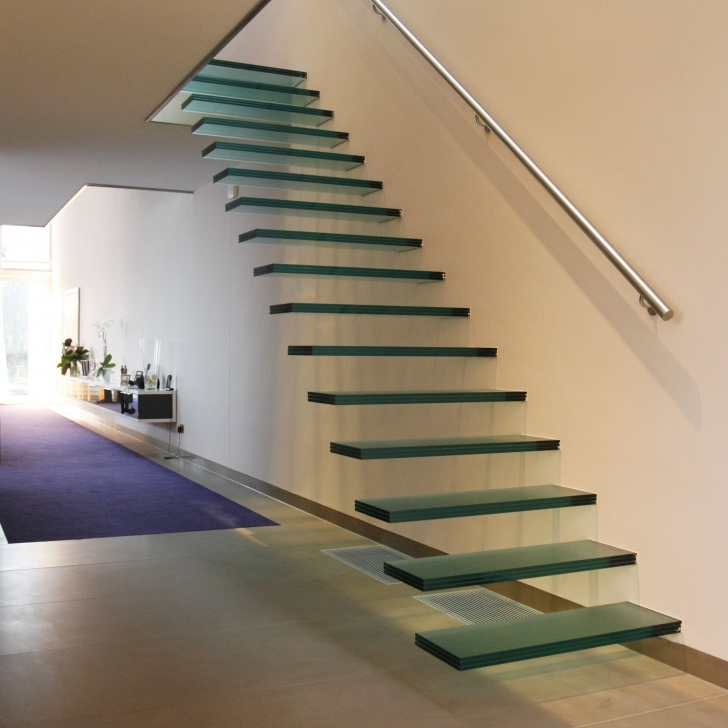 Fantastic Floating Glass Staircase Image 808