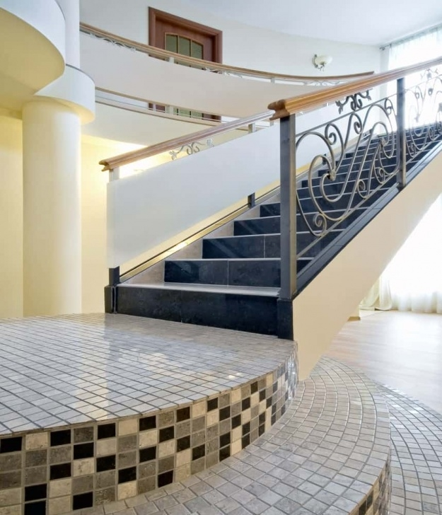 Fantastic Stair Tiles Design Photo 202