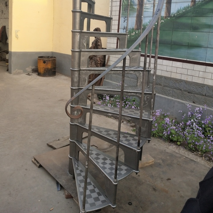 Fantastic Used Spiral Staircase Image 079