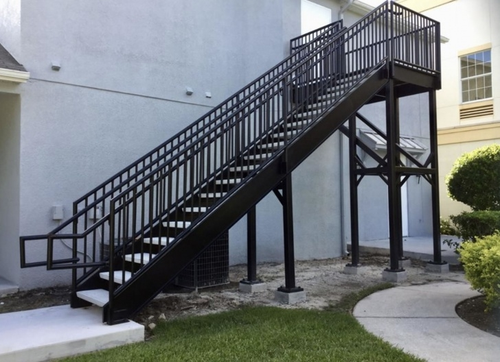Fascinating Exterior Metal Stair Railing Photo 087