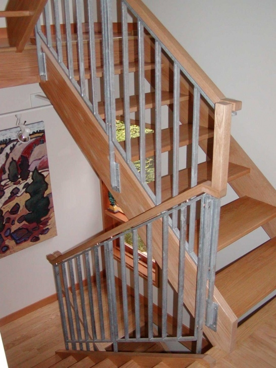 Gallery Of Wooden Stair Railings Indoor Photo 670