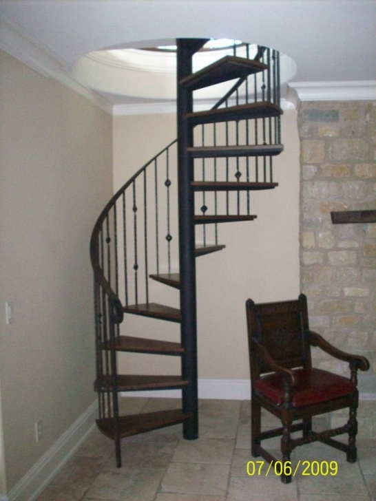 Good Custom Spiral Staircase Photo 082