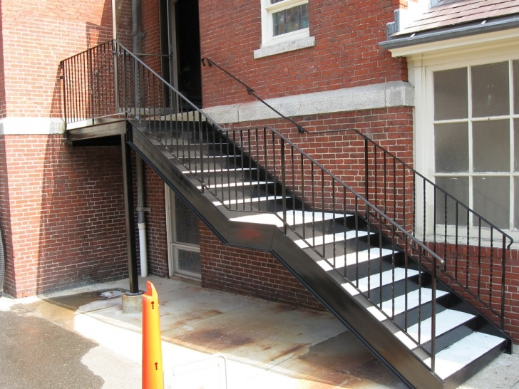 Good Metal Pan Concrete Stairs Image 883