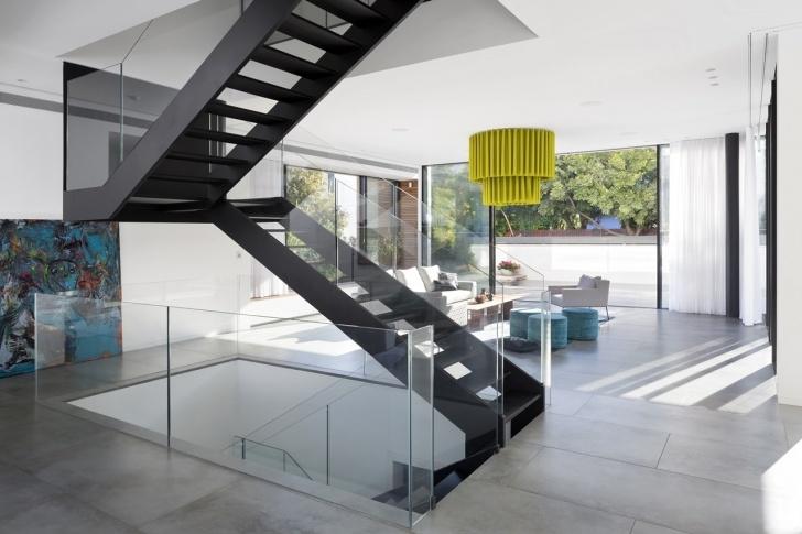 Good Modern House Stairs Photo 011