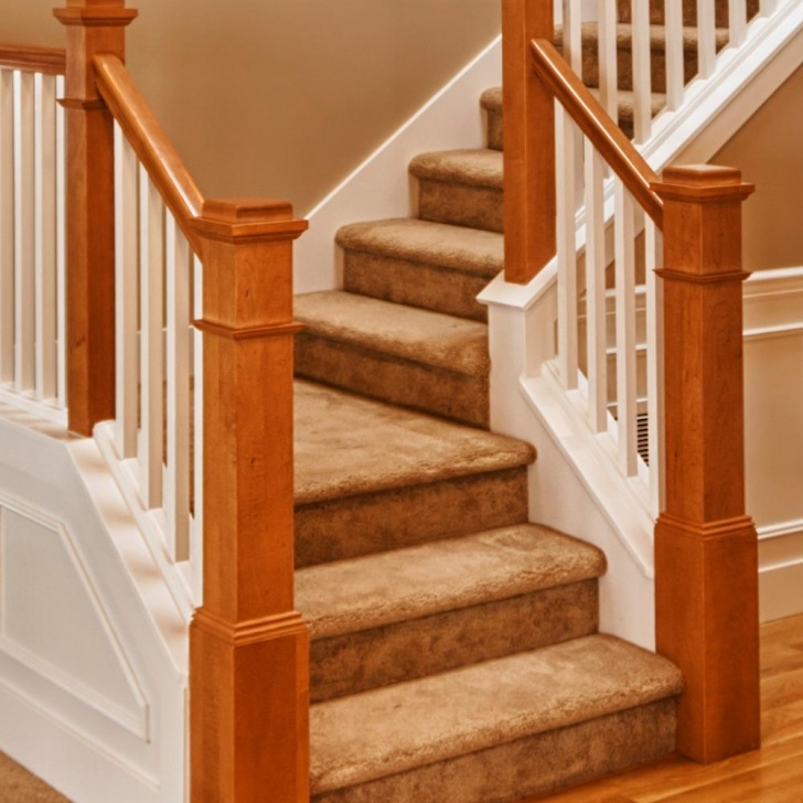 Beautiful Interior Staircase Ideas And Newel Post Designs: Stairway Newel Post