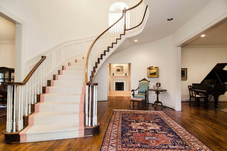 Insanely Half Spiral Staircase Photo 594