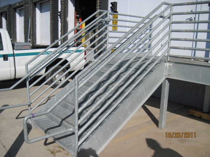 Insanely Metal Grate Stairs Picture 899