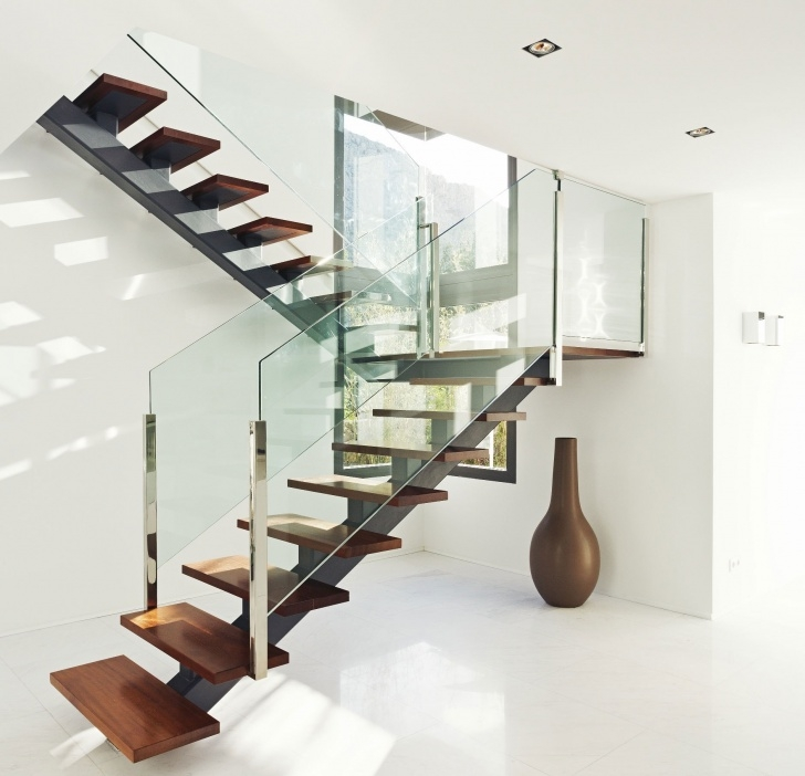 Insanely Modern Glass Stair Railing Picture 979