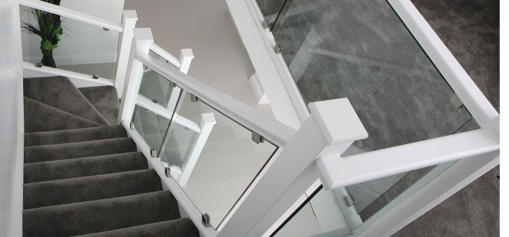 Insanely White And Glass Staircase Picture 620