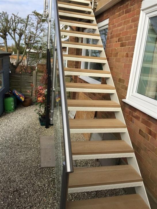 Inspirational Staircase Balcony Design Photo 696