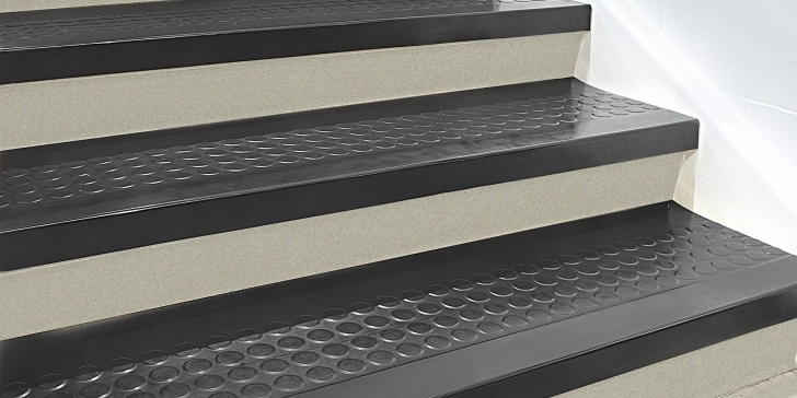 Inspiring Outdoor Rubber Stair Treads Photo 170