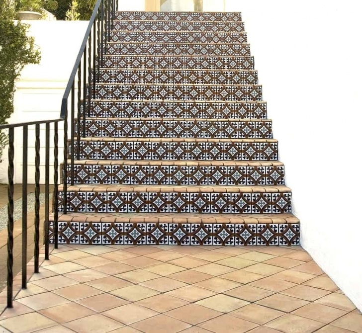 Inspiring Staircase Flooring Design Picture 805