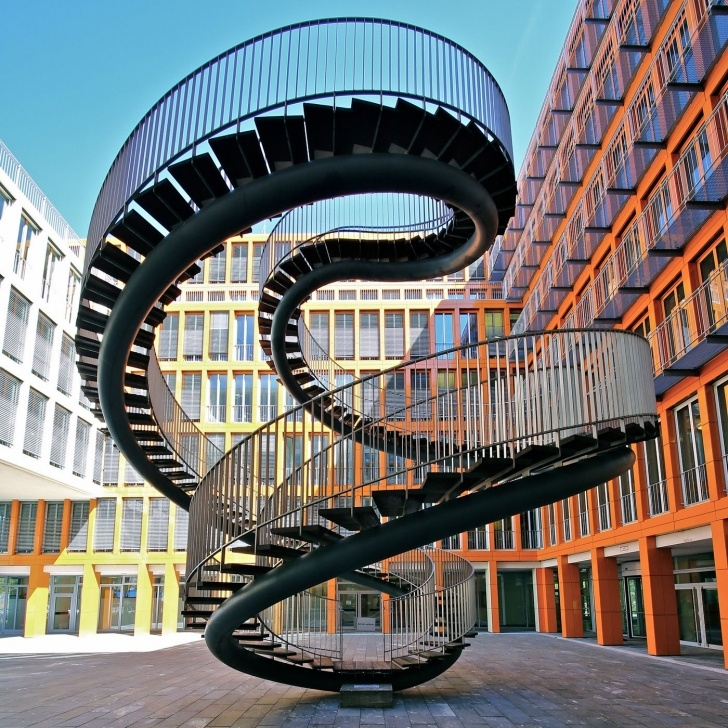 Interesting Impossible Spiral Staircase Photo 799
