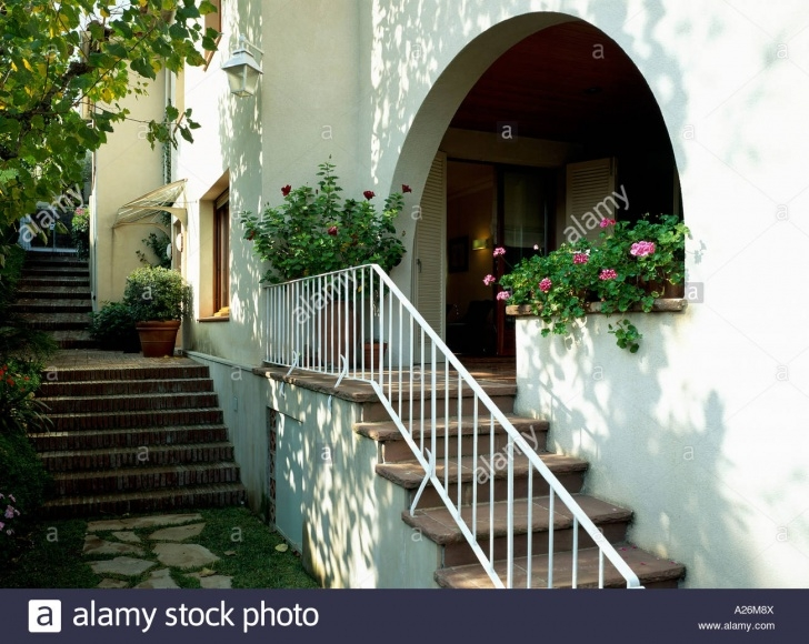 Most Creative Stairs From Outside The House Image 462