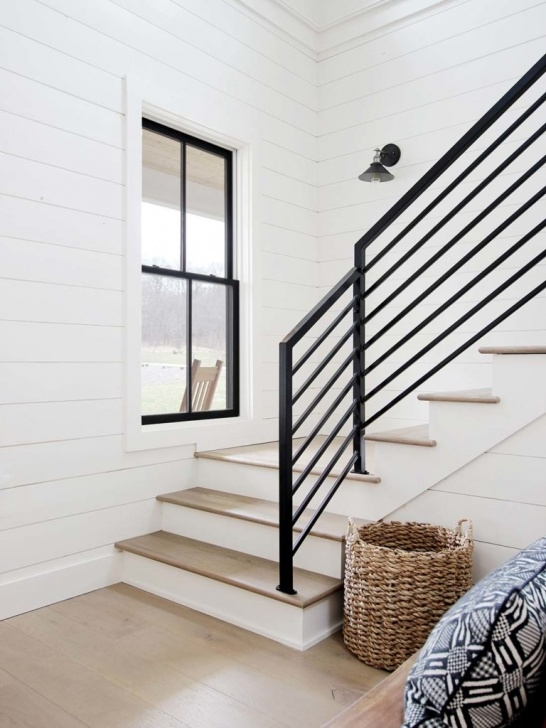 Perfect Farmhouse Stair Railing Image 544