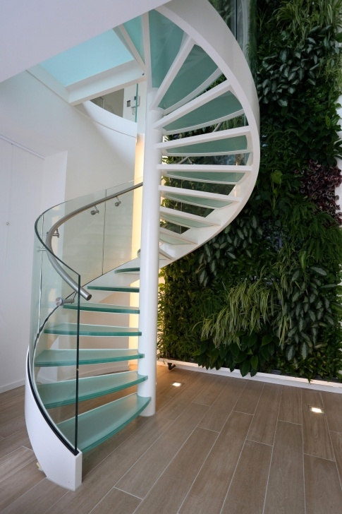 Perfect Glass Spiral Staircase Photo 276